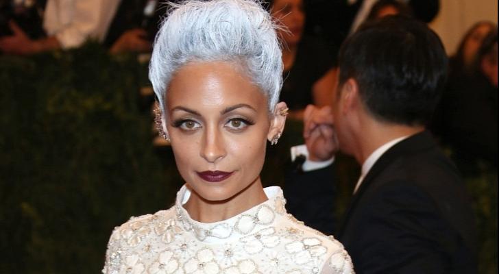 Nicole-Richie-Rocks-Grey-Hair-at-the-MET-Gala-2013-Photos
